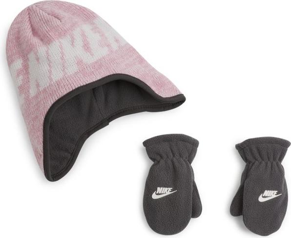 Różowa czapka Nike