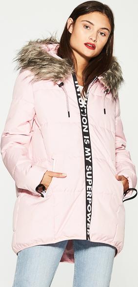 Różowa kurtka house bez wzorów
