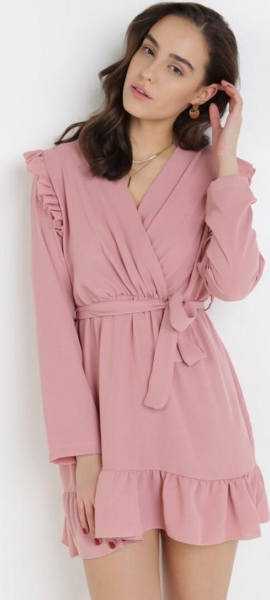Różowa sukienka born2be z dekoltem w kształcie litery v mini