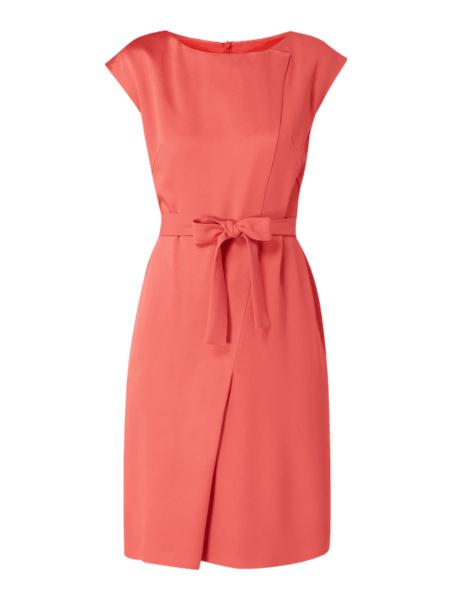Różowa sukienka Boss z okrągłym dekoltem z krótkim rękawem