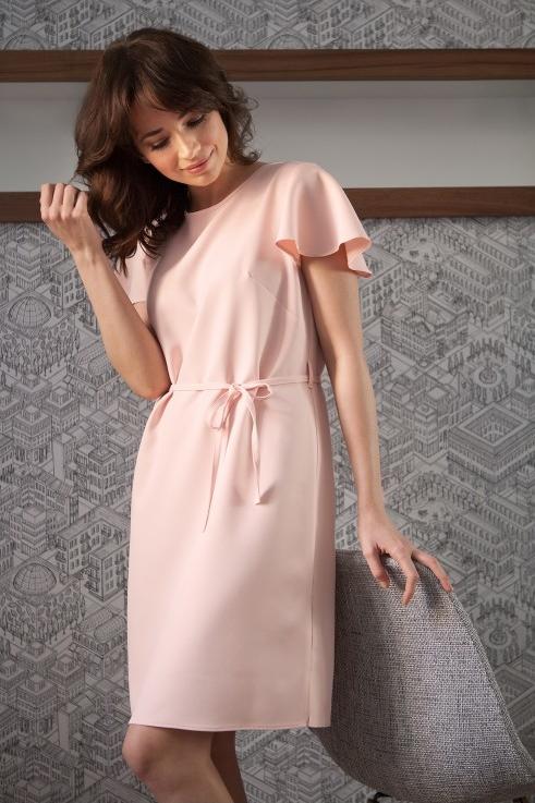 Różowa sukienka butik-choice.pl w stylu casual midi z okrągłym dekoltem