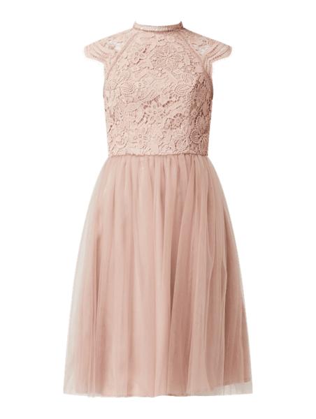 Różowa sukienka Chi Chi London mini z tiulu