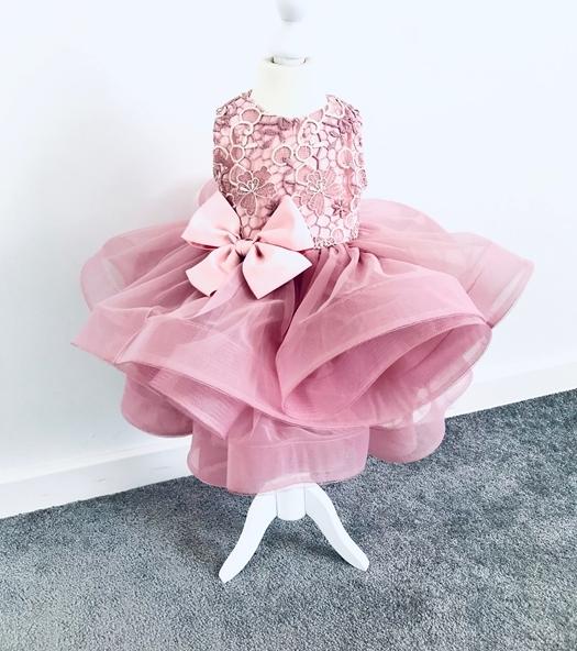 Różowa sukienka dziewczęca La Perełka