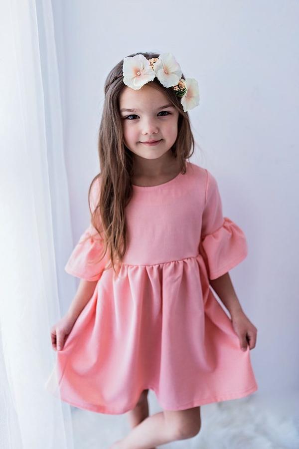 Różowa sukienka dziewczęca Lily Grey z bawełny