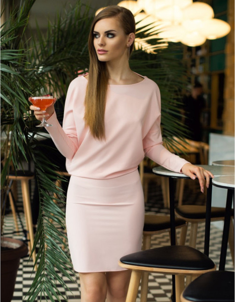 Różowa sukienka fADD z długim rękawem mini