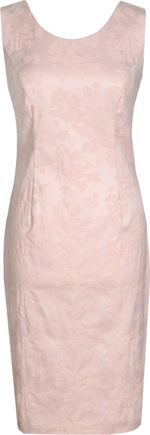 Różowa sukienka Fokus ołówkowa z żakardu midi