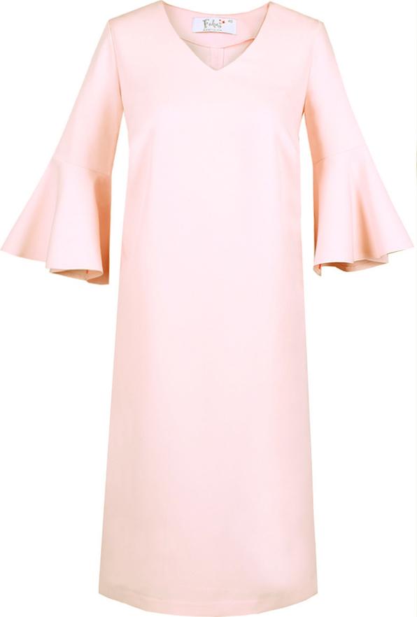 Różowa sukienka Fokus trapezowa midi