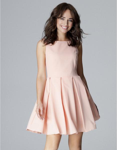 Różowa sukienka LENITIF bez rękawów wyszczuplająca mini