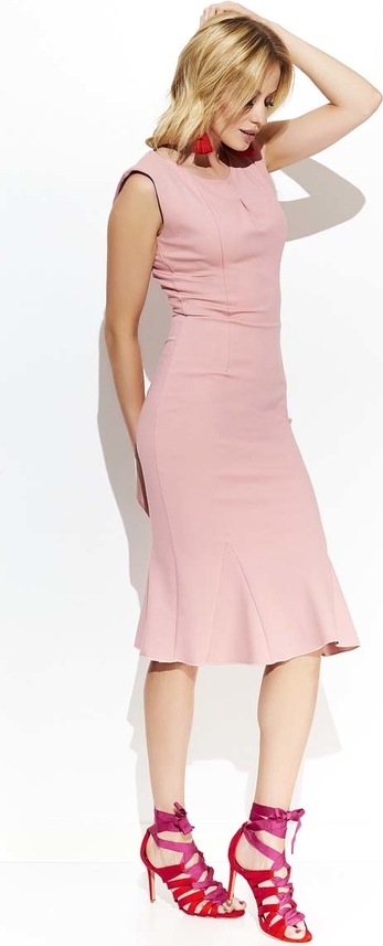 Różowa sukienka Makadamia z okrągłym dekoltem midi