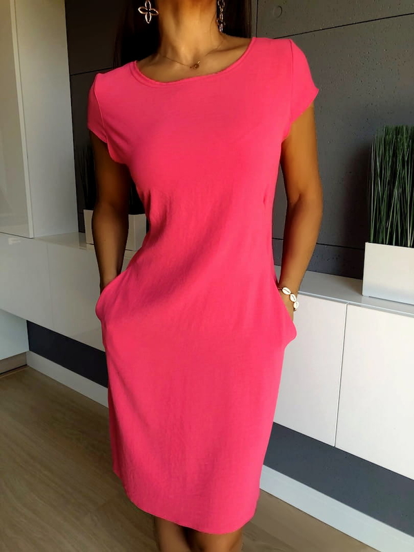 Różowa sukienka ModnaKiecka.pl z okrągłym dekoltem z krótkim rękawem