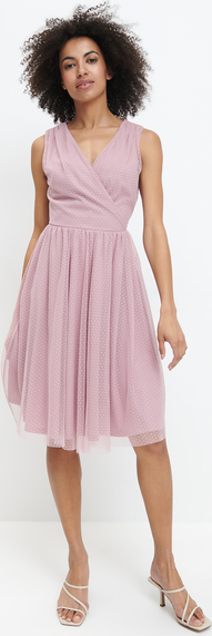 Różowa sukienka Mohito z dekoltem w kształcie litery v bez rękawów
