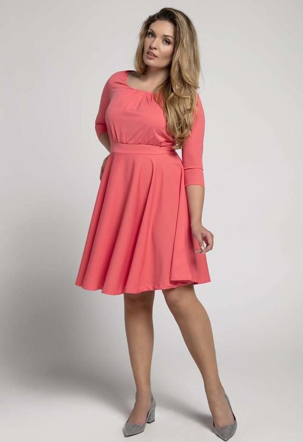 Różowa sukienka Nommo mini