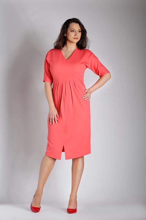 Różowa sukienka Nommo z długim rękawem midi z dekoltem w kształcie litery v