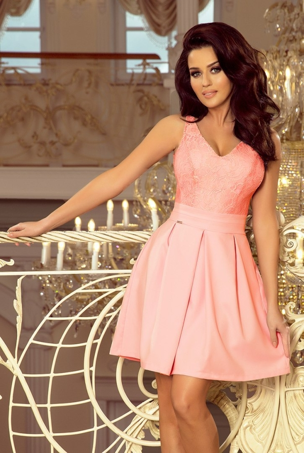 Różowa sukienka NUMOCO bez rękawów z dekoltem w kształcie litery v