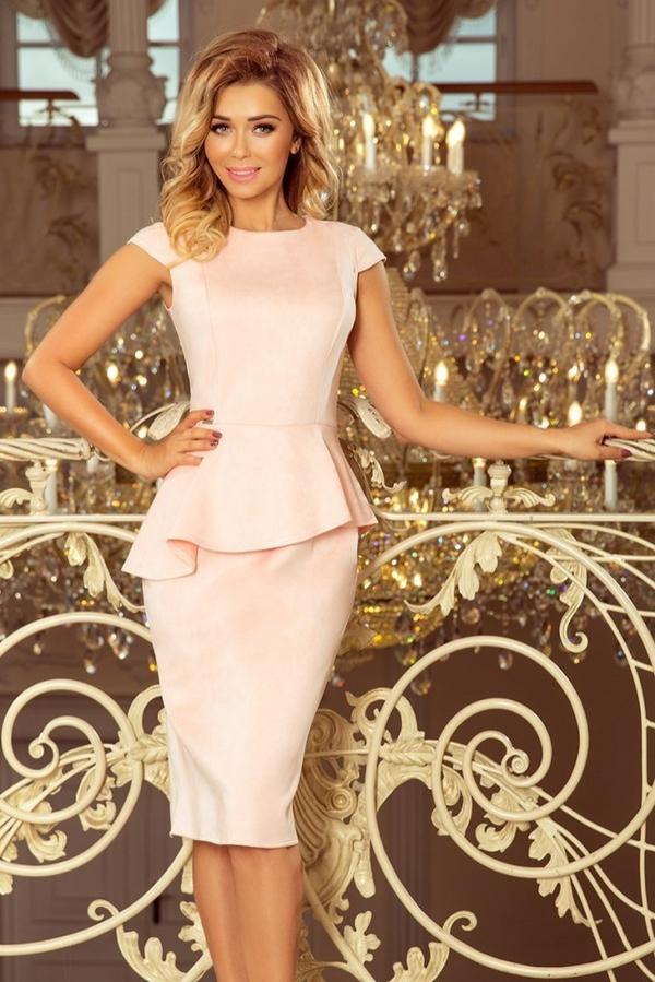 Różowa sukienka NUMOCO z krótkim rękawem z okrągłym dekoltem midi