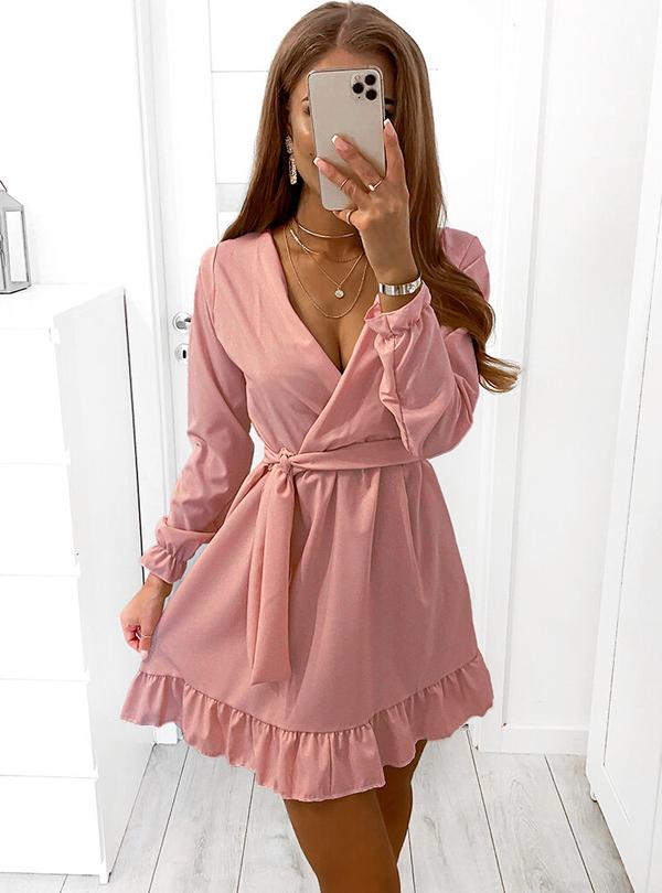 Różowa sukienka Pakuten z długim rękawem