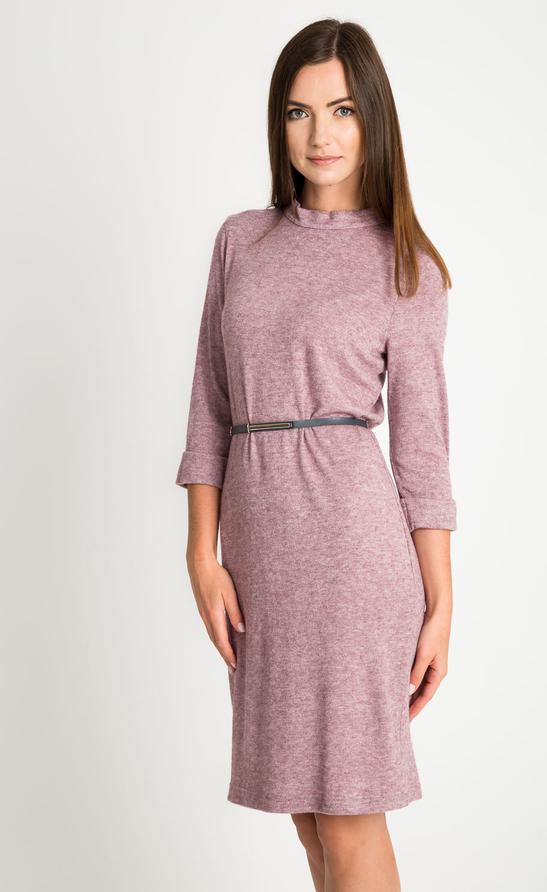 Różowa sukienka QUIOSQUE z długim rękawem w stylu casual