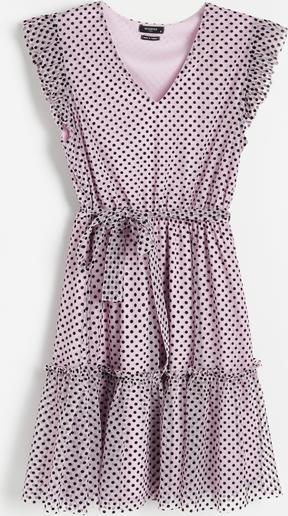 Różowa sukienka Reserved bez rękawów trapezowa w stylu casual