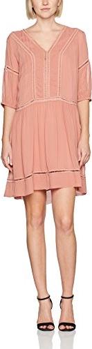 Różowa sukienka sisley