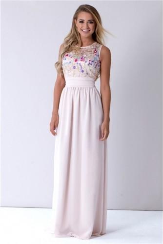 Różowa sukienka Sistaglam bez rękawów z szyfonu