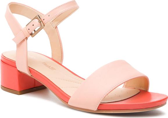 Różowe sandały Clarks w stylu casual ze skóry z klamrami