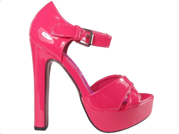 Różowe sandały Kokietki z klamrami na wysokim obcasie