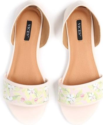 Różowe sandały Multu