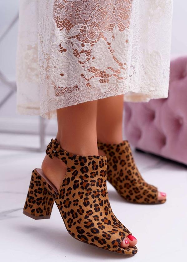 Sandały Bugo