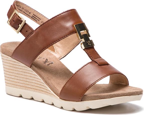 Sandały Caprice w stylu casual ze skóry na koturnie