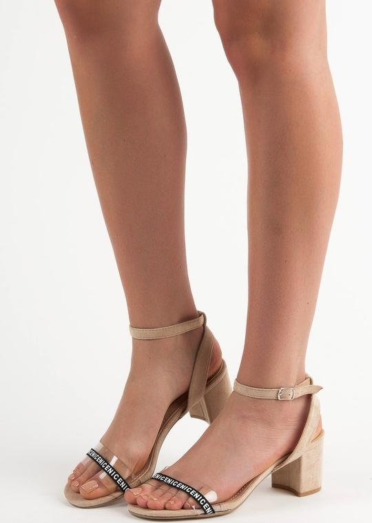 Sandały Czasnabuty na słupku na średnim obcasie