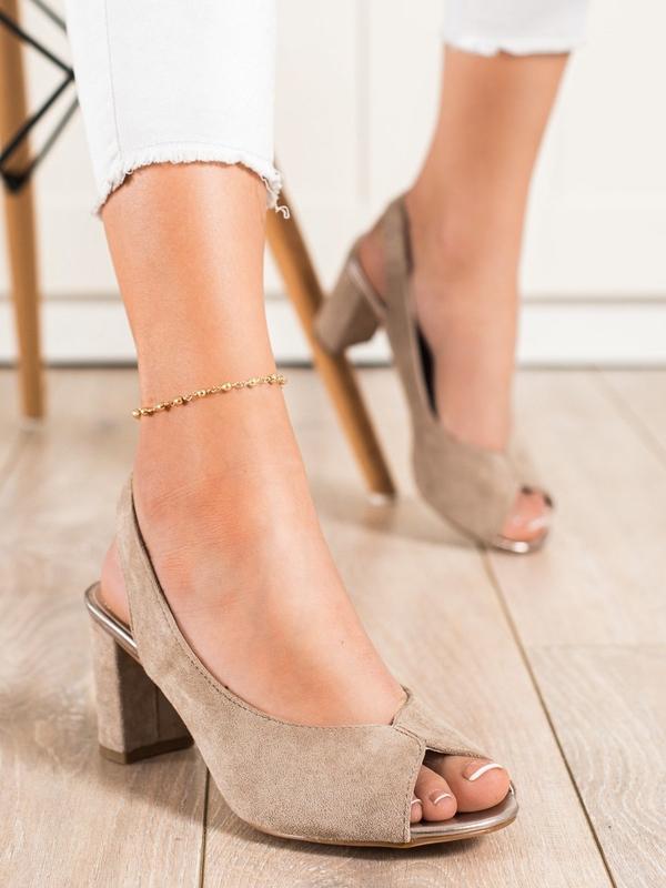 Sandały Czasnabuty z klamrami na słupku z zamszu