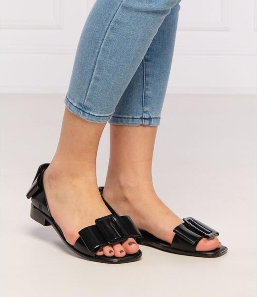 Sandały Melissa z płaską podeszwą