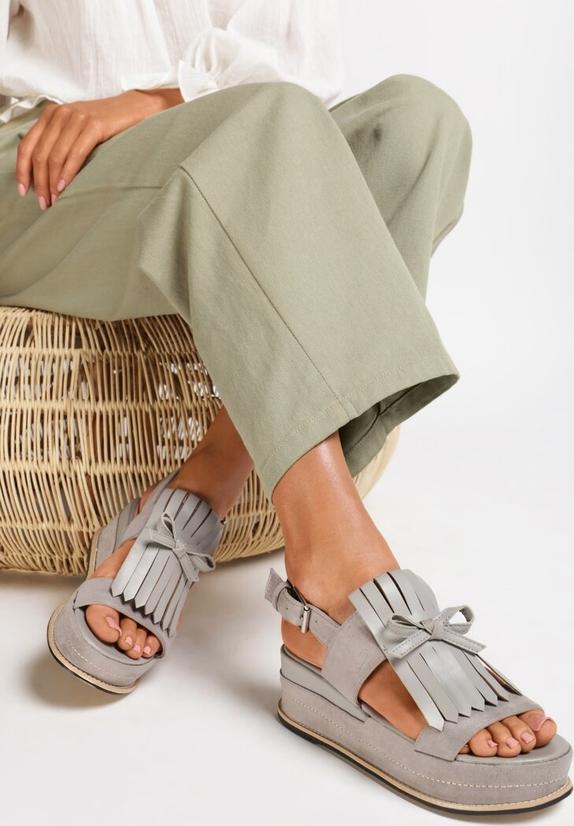 Sandały Renee na średnim obcasie ze skóry ekologicznej