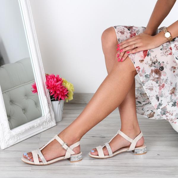 Sandały Royalfashion.pl na obcasie z zamszu w stylu klasycznym