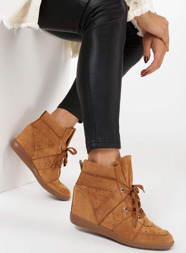Sneakersy born2be na koturnie sznurowane