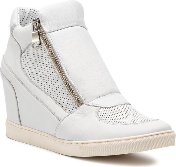 Sneakersy Gino Rossi na zamek w młodzieżowym stylu