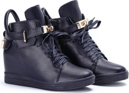 Sneakersy Royalfashion.pl na koturnie na zamek