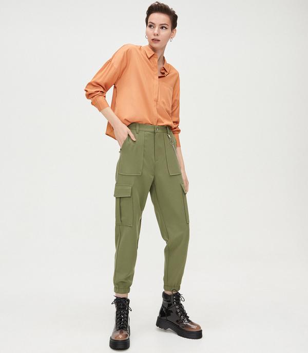 Spodnie Cropp w militarnym stylu