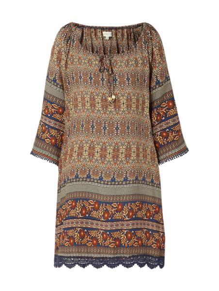 Sukienka Apricot w stylu casual midi