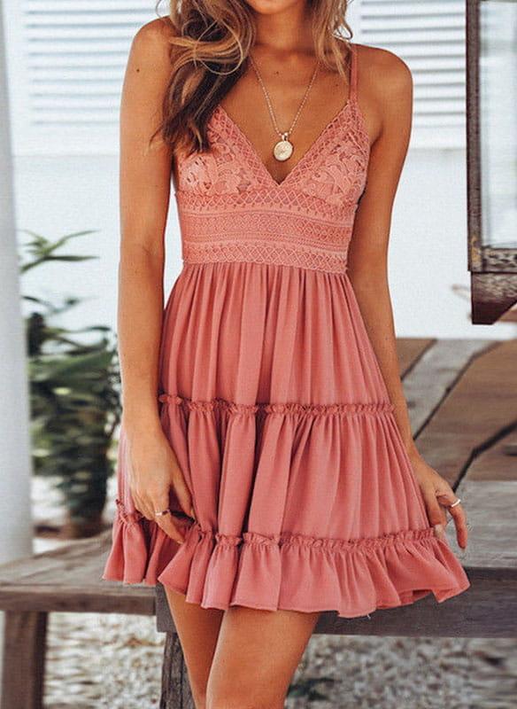 Sukienka Arilook na ramiączkach mini z dekoltem w kształcie litery v