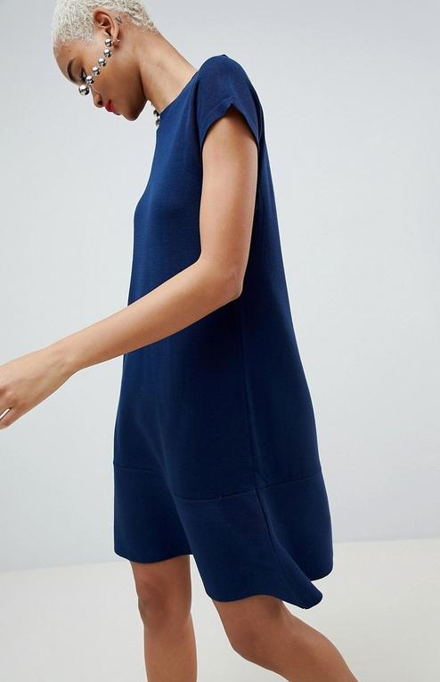 Sukienka Asos Design z krótkim rękawem oversize z dzianiny