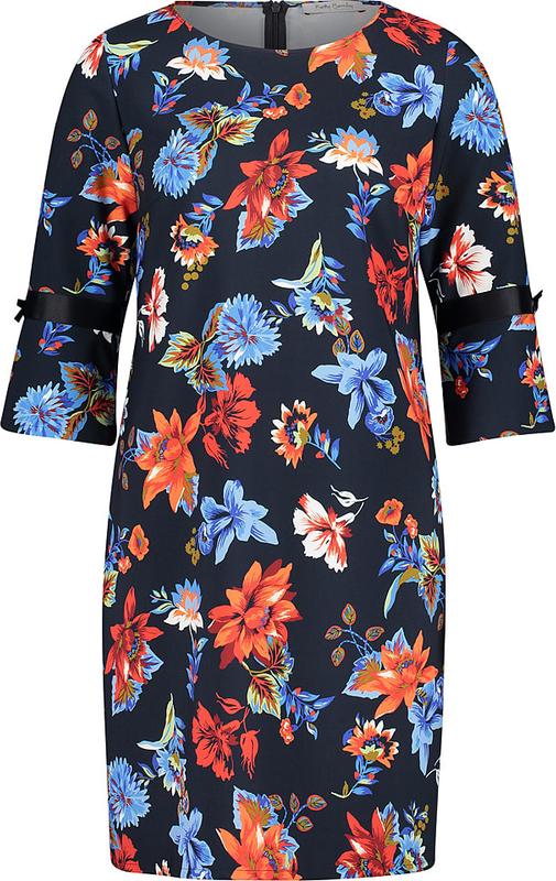 Sukienka Betty Barclay z okrągłym dekoltem mini