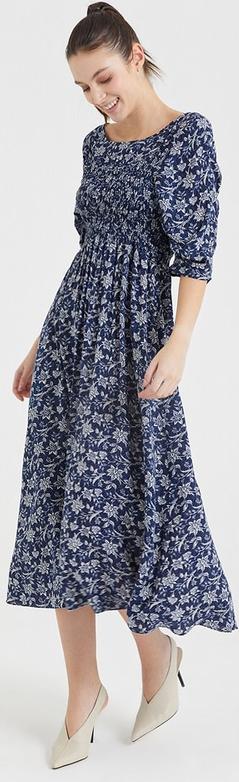 Sukienka BGN midi z okrągłym dekoltem
