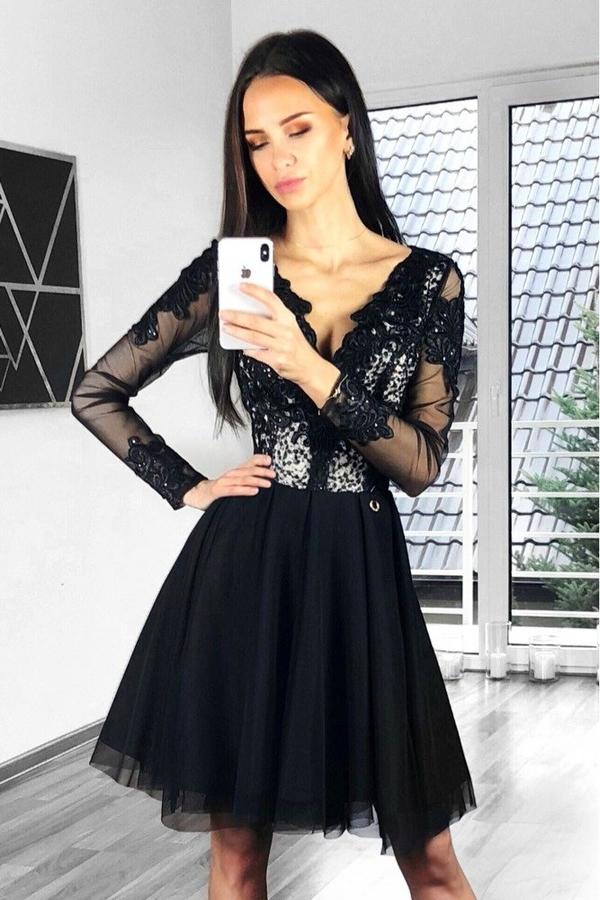 Sukienka Bicotone z dekoltem w kształcie litery v rozkloszowana z długim rękawem