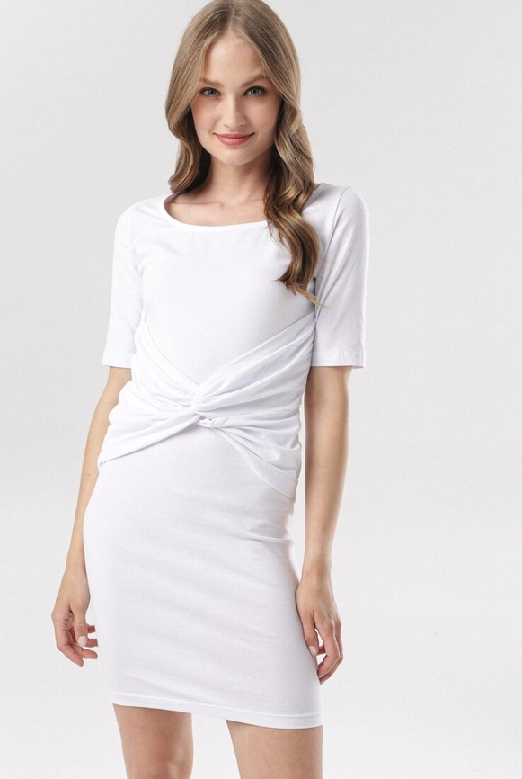 Sukienka born2be dopasowana z krótkim rękawem z okrągłym dekoltem