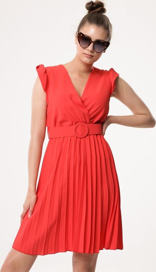 Sukienka born2be kopertowa bez rękawów z dekoltem w kształcie litery v