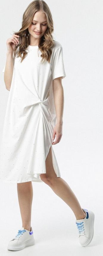 Sukienka born2be midi z okrągłym dekoltem z krótkim rękawem