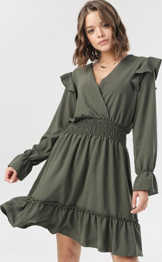 Sukienka born2be mini z długim rękawem w stylu boho