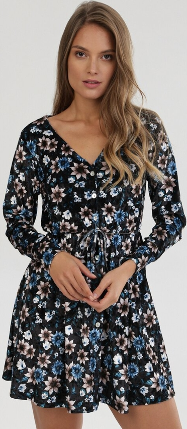 Sukienka born2be mini z długim rękawem z dekoltem w kształcie litery v