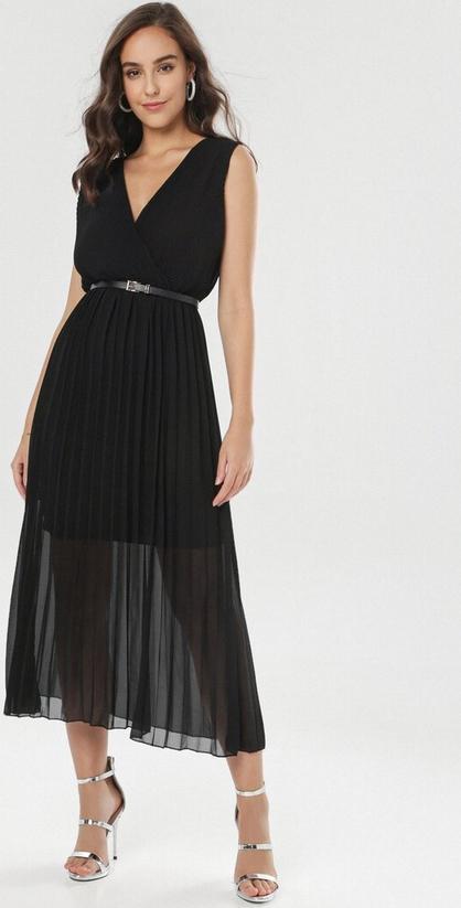 Sukienka born2be z dekoltem w kształcie litery v midi bez rękawów